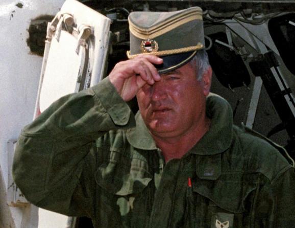 General Mladić je za zločin u Srebrenici osuđen na doživotni zatvor