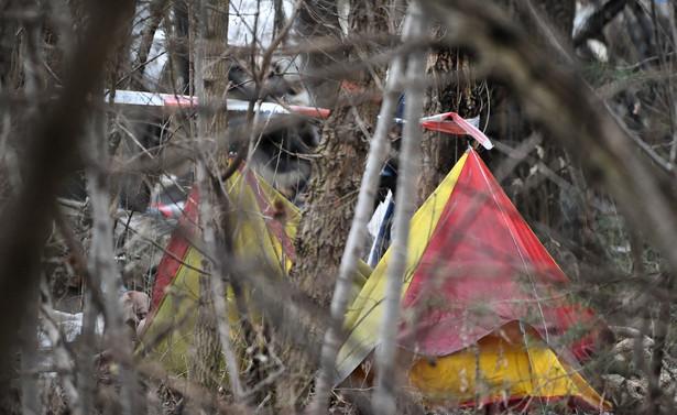 6 osób zginęło w pożarze drewnianego budynku na warszawskim Żeraniu