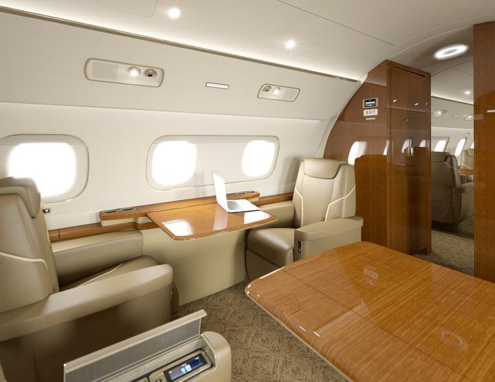 Układ foteli można konfigurować tak, by stworzyć elegancko wyposażone biuro.