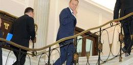 Prześwietlą buty u premiera