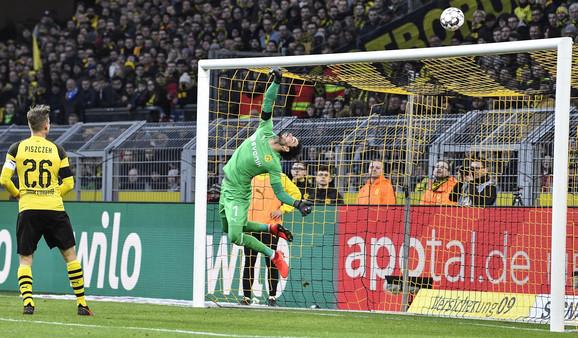 Detalj sa meča između Dortmunda i Hofenhajma