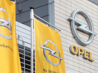 Właściciel Opla obiecuje: W Gliwicach ruszy produkcja modelu cruze, nie będzie zwalniał