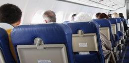 Groza podczas lotu. Pasażer chciał otworzyć drzwi i...