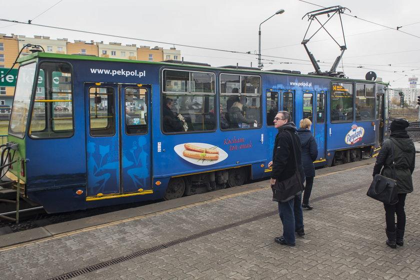 Prezydent Poznania zapowiedział usunięcie reklam z tramwajów