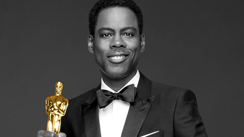 """Zaczęło się od fali krytyki w internecie. Amerykańscy dziennikarze okrzyknęli tegoroczne nominacje """"najbardziej białymi w historii"""", a na Twitterze rekordy popularności bije hashtag #OscarsSoWhite. Internauci zarzucają członkom Akademii Filmowej rasizm, podkreślając, że ani w kategoriach aktorskich, ani na liście nominowanych reżyserów nie znalazł żaden czarnoskóry artysta."""