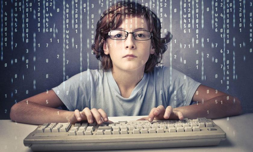 Rolnicy mogą się ubiegać o 1500 zł dopłaty na komputer dla dziecka