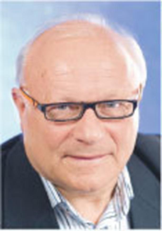Andrzej Jankowski, kierownik działu prawo gospodarcze