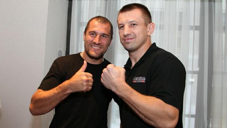 Tomasz Adamek (P) i Wiaczesław Głazkow