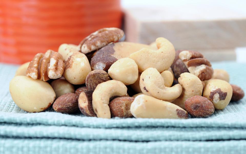 Dosypuj mąki z orzechów