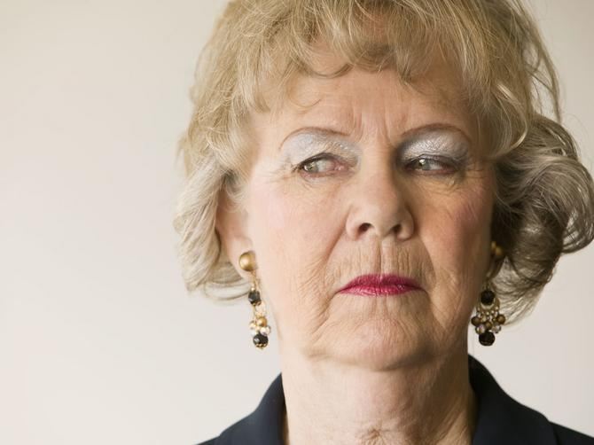 NJEGOVA mama po horoskopu: Svekrva Bik gura nos u sve, a pazite se Vage!