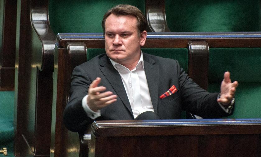 Wyrok sądu: Tarczyński ma zakaz rozpowszechniania nieprawdziwych informacji o Wencie