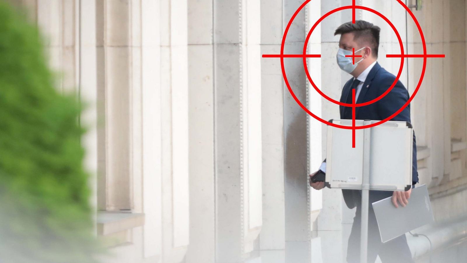 Minister zawinił, dziennikarza zawiesili. Co wynika z maili Dworczyka?
