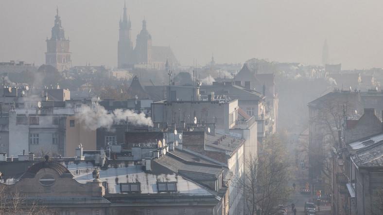 Kraków spowity smogiem