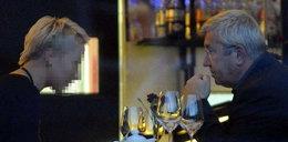 """On każe nam płacić abonament. Żeby mógł pić takie """"służbowe"""" winko?"""