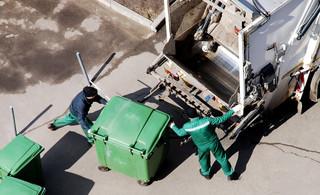 W Warszawie podwyżki opłat za wywóz śmieci od 1 kwietnia