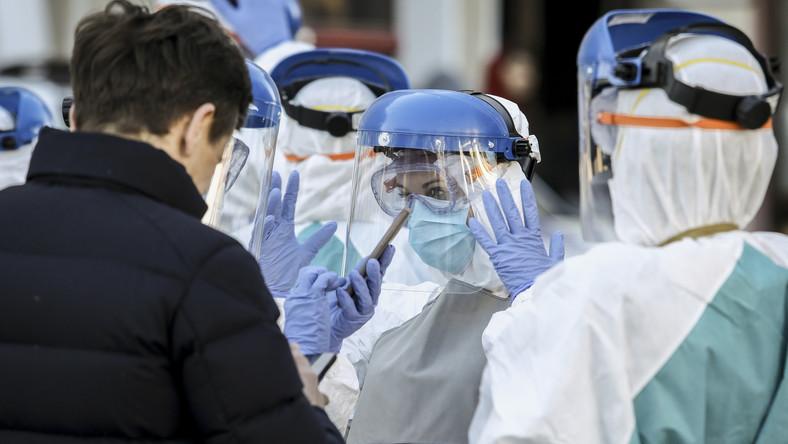 Koronawirus w Polsce. W Europie jest jeden, zły scenariusz epidemii koronawirusa [ANALIZA: JAKUB BIERZYŃSKI I RAFAŁ SZYMCZAK]