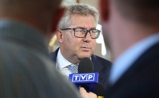 'Lepiej gdyby odeszła cała podkomisja smoleńska'. Polityczne komentarze po dymisji Wacława Berczyńskiego