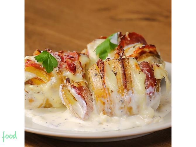 Pikovani krompir u pavlaci: Red gaude, red suvog vrata i savršen obrok je spreman!