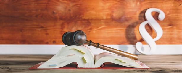 KKS ma już wiele lat i resort finansów oraz Ministerstwo Sprawiedliwości kilkakrotnie przymierzały się do jego głębokiej nowelizacji
