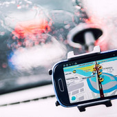 Gugl mape predstavile kontroverznu opciju: Svideće se vozačima, ali NE I POLICIJI
