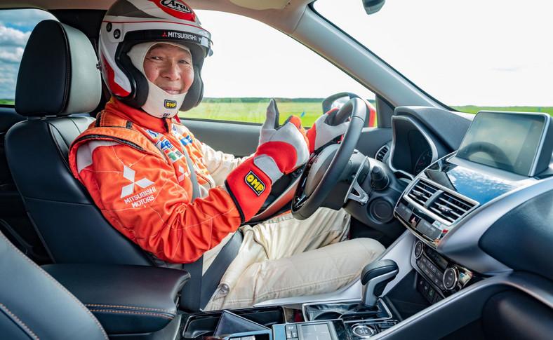 Wielką atrakcją dla uczestników zlotu była jazda w fotelu pilota z rajdowym mistrzem i dwukrotnym zwycięzcą rajdu Dakar – Hiroshi Masuoka
