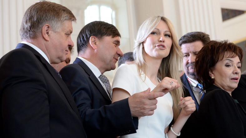 Magdalena Ogórek i politycy PiS