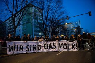 Merkel kontra wściekły obywatel z Chemnitz