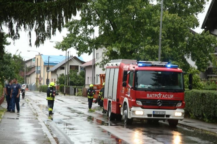 Vatrogasci nevreme Banjaluka 02