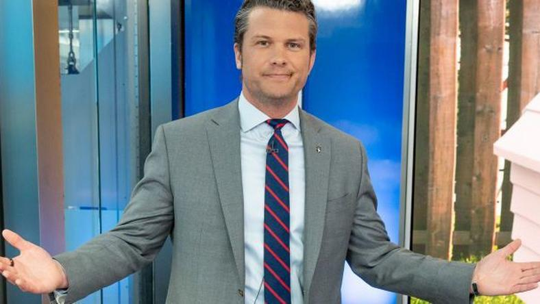 Fox News Anchor Says He Doesn't Wash His Hands