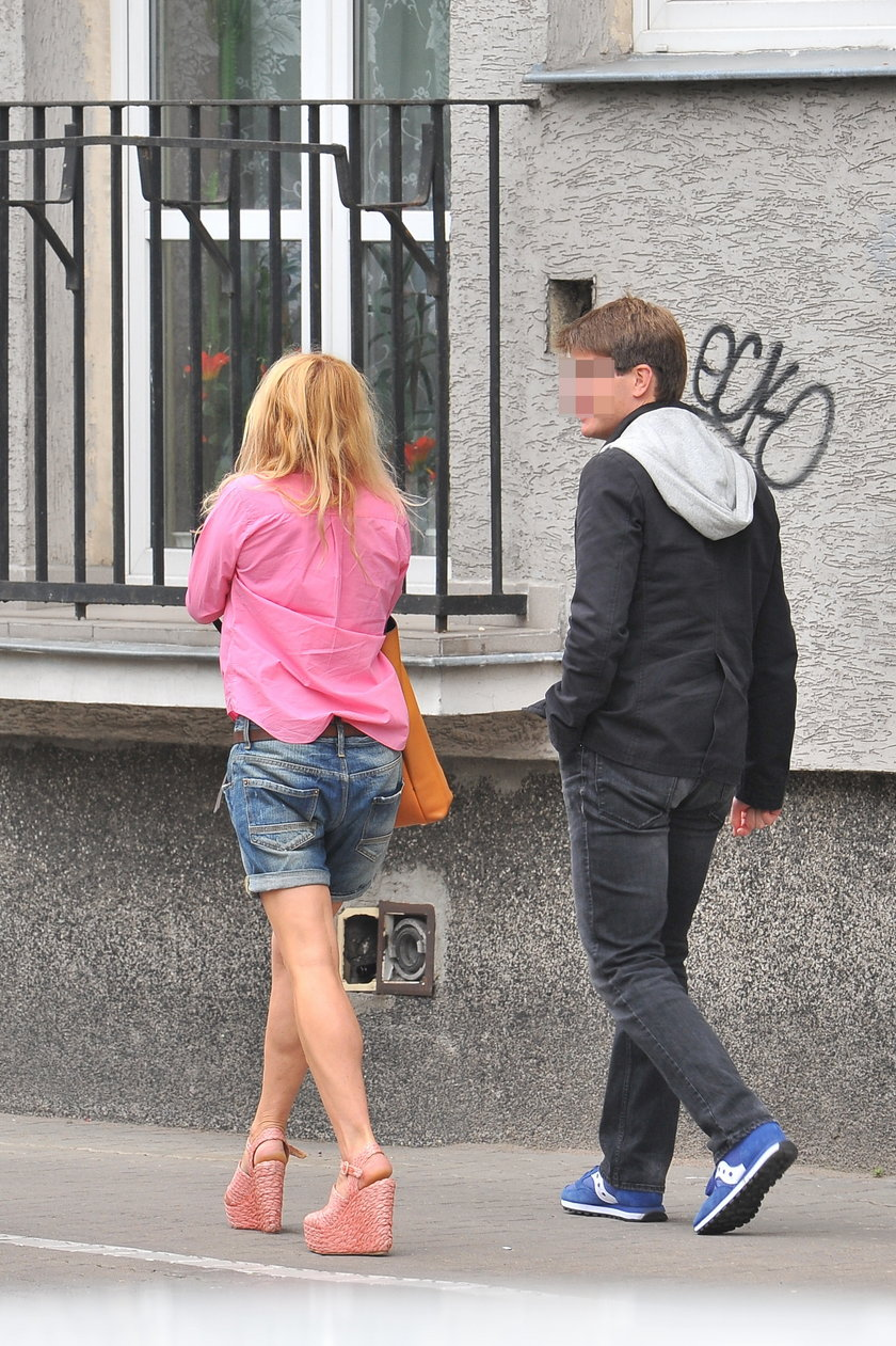 Monika Olejnik daje synu kieszonkowe