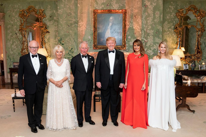 Melanija Tramp u haljini sečenih rukava u julu 2019. u Londonu