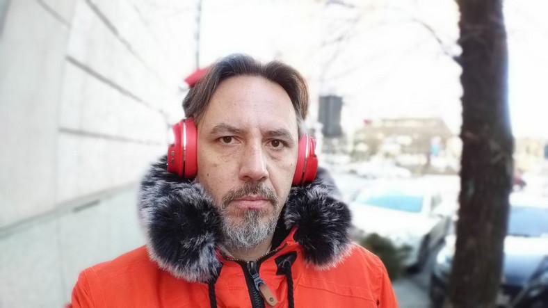Zdjęcie wykonane Asusem Zenfone 4 Selfie Pro - tryb portretowy - szeroki kadr