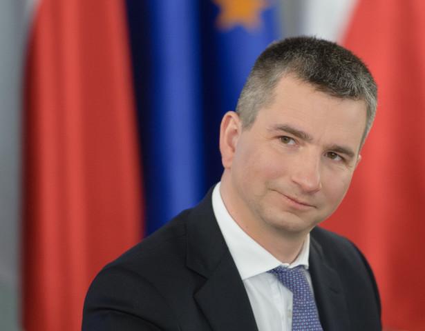 Minister Skarbu Państwa Włodzimierz Karpiński we wtorek powiedział, że rekomendacja w sprawie podatku od kopalin powinna być gotowa w ciągu kwartału