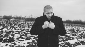 Marek Dyjak: jestem polującym zza krzaka
