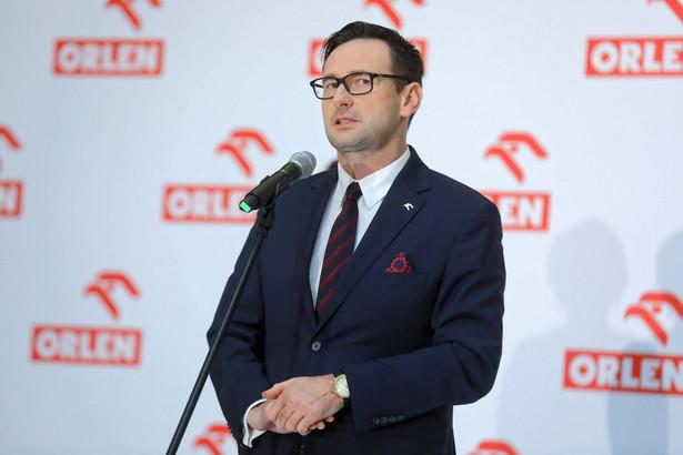 """W kontekście planów rozwojowych nie rozumiem zachowania przedstawicieli władz Gdańska, którzy podnieśli larum, że Orlen chce """"zabrać"""" Energę. Nasza inwestycja zwiększy wpływy podatkowe w regionie, przyczyni się do rozwoju miasta - mówi Daniel Obajtek"""
