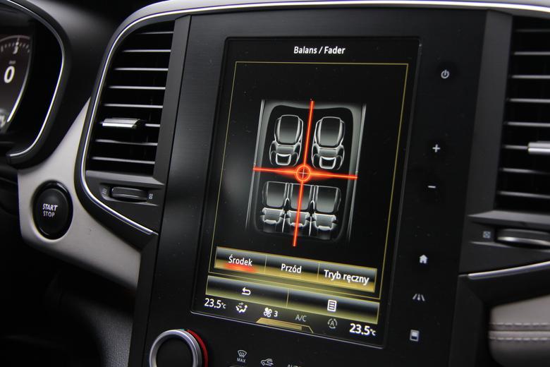 Renault Talisman Bose. Korekcja dźwięku - regulacja pomiędzy kanałami