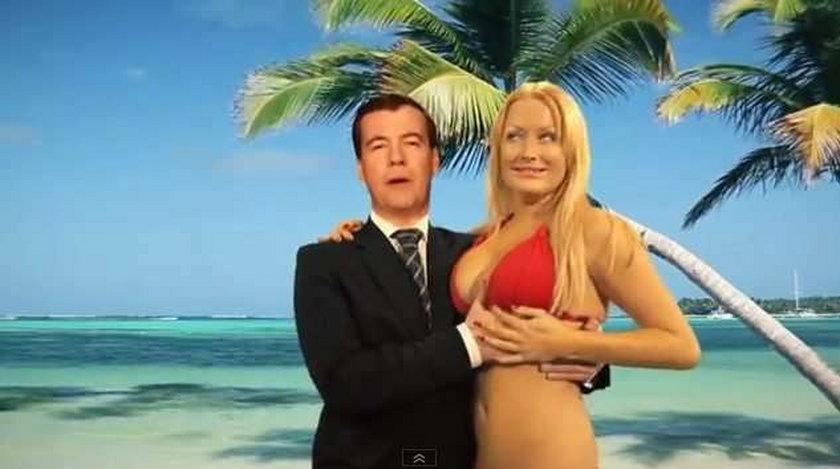 Prezydent Miedwiediew łapie blondynę za pierś. Wideo
