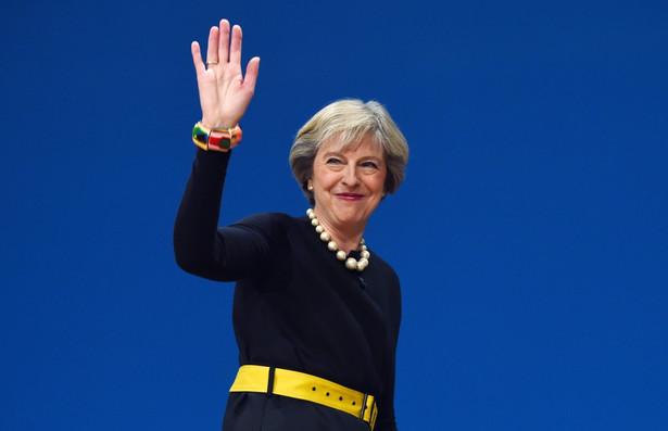 Zdaniem Theresy May kontrola imigracji jest ważniejsza niż dostęp do wspólnego rynku