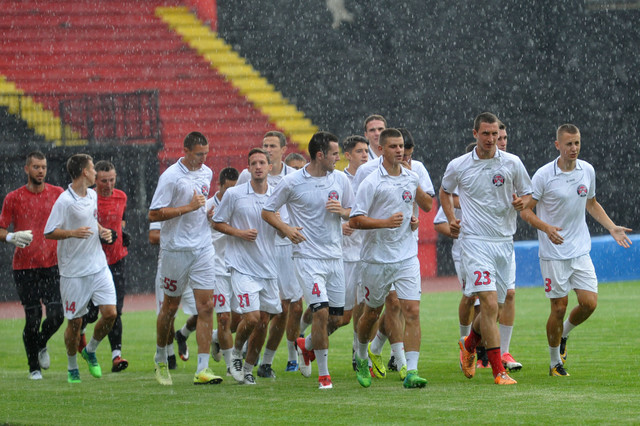 Prvotimci Slobode juče počeli pripreme: U novu sezonu sa novim sponzorom i trenerom