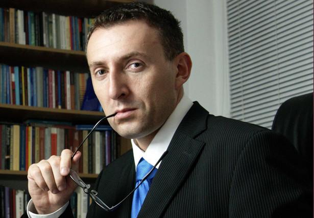 Marek Chmaj, dr hab., profesor SWPS w Warszawie, radca prawny.