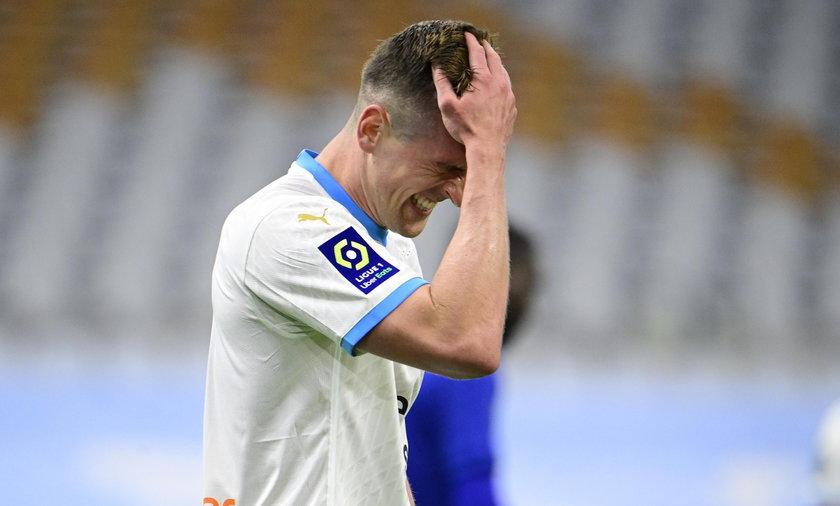 To w ostatnim ligowym meczu z FC Metz Arkadiusz Milik nabawił się urazu kolana