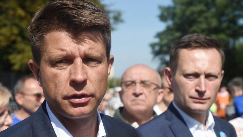 Lider Nowoczesnej Ryszard Petru i kandydat Nowoczesnej na prezydenta Warszawy Paweł Rabiej
