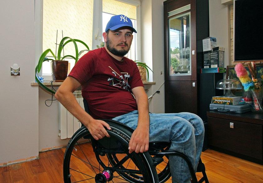 Krzysztof Blusiewicz, stracił zdrowie i rodzinę w wypadku drogowym