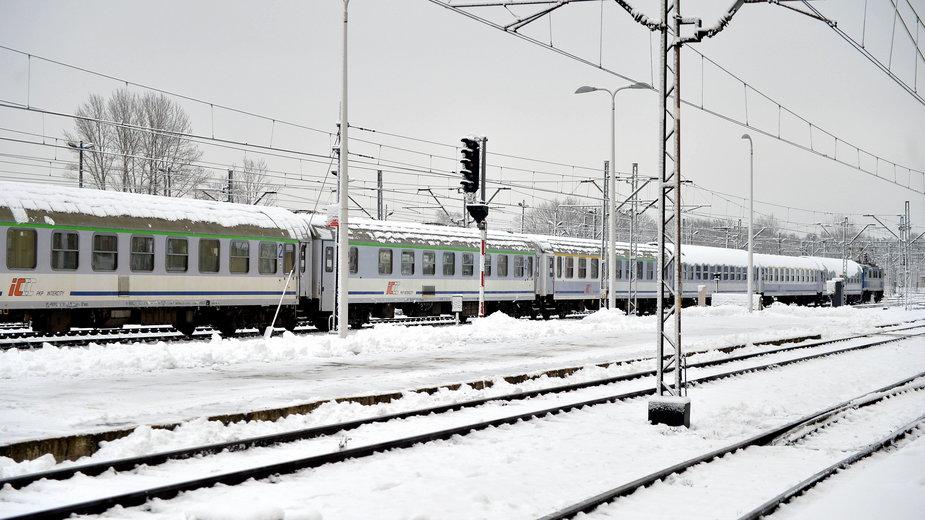 Pociągi w całej Polsce mają liczne opóźnienia