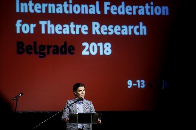 ana brnabić goran stefanovski narodno pozoriste kongres za pozorisna istrazivanja_090718_RAS foto Vesna Lalic (45)