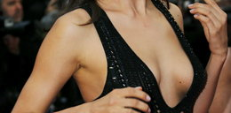 Pokazała cycki na galowo. Inne panie w Cannes były zniesmaczone?
