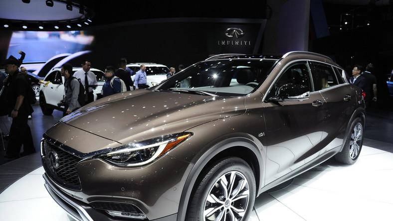 Japończycy pochwalili się nowym SUV-em na dwóch salonach samochodowych - w Los Angeles i Guangzhou (Chiny). Oto infiniti QX30 w wersji produkcyjnej. Tym samochodem marka należąca do koncernu Renault-Nissan wjeżdża do segmentu kompaktowych aut luksusowych. W opinii konstruktorów jest stylową alternatywą dla innych modeli w tej klasie...