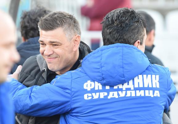 Pozdrav dvojice trenera pred utakmicu