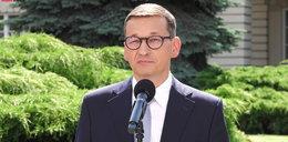 """Konferencja premiera Mateusza Morawieckiego i ministra Adama Niedzielskiego. Na jesieni możliwy """"czarny scenariusz"""""""