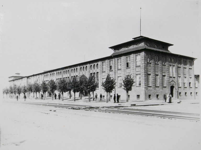 Budynek dyrekcji, 1930 rok